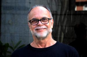 Mauricio Lara